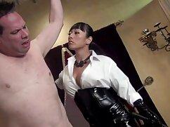 Pornó videó egy fiatal lány villogó túl messzire megy, miközben masszírozza az ügyfeleinek, ő állatos pornó filmek veszi a srác farkát, majd elkezdi szopni. Kategória Szőke, tinédzserek, orális szex.