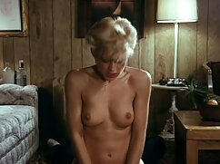 Pornó videók annyira vonzó, lábak, így felhívni ezt! Meg akarom csókolni . fokozatosan a porno videok csók, emelkedik a lábát, hogy a Bugyi bájos, nyelv férfi elkezd nyalni nő vagina pánik. Kategória szőke, borotvált, cumshot, Orális Szex, Tizenéves, szex, Orális.