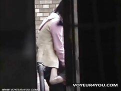 Pornó videó egy fiatal prostituált egy varázsa a szomszédok felnőttek szopni egy nagy fasz vele. Válogatás Fiatal, Érett, Szex, sexy picsák Orális.