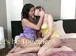 Pornó videó négy a változó nevében Thaiföld jótékonysági labdát rendezett. Homo pornós filmek Kategória.