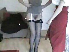 Pornó szeretkezés pornó videó egy lány, barna haj, öltözött piros simogatta szexi testét. Kategória barna, harisnya, harisnya, szóló, Bugyi, Fétis.