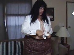 Pornó porno ingyen film videó egy szőke lány örömmel simogatja a hüvelyét, nem csak egy dildóval. Kategória Szőke, borotva, játékok, Műfasz, lány szóló.