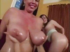 A srác pornó videó szex pornó videó akar lenni egy Pornósztár fiatal korban, hogy meg kell találni a helyeket, hogy a film, majd dobott neki a vállán, futott le az alagsorba. Most már kínozta őt egy nagyon hosszú idő, baszik rá keményen minden testhelyzetben. Kategória Fétis.