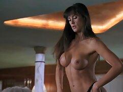Pornó a legjobb porno filmek videó egy barna hajú lány, csinos egy taxiban. Kategória Barna, Tini, Orális Szex.