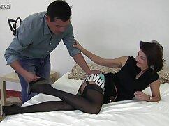 Pornó videók, ahogy egy férfi befejezi a ingyen teljes porno filmek két lányt az oldalán. Kategóriák szőke, barna, cumshot, Orális Szex, Hármasban.